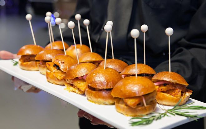 Tray-of-Hand-Passed-Hors-d-oeuvre-Sliders-at-Ari-Fleet-Catered-Party-in-Anaheim