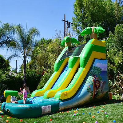 jumping castles parties